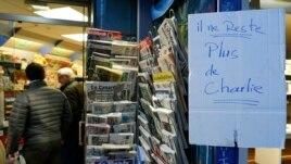 К обеду новый номер Charlie Hebdo полностью распродан