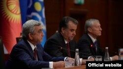 Таджикистан -- Президент Армении Серж Саргсян принимает участие в саммите ОДКБ, Душанбе, 15 сентября 2015 г.