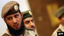 پليس مذهبی عربستان که از علمای وهابی اين کشور خط می گيرد، يکی از سوژه های به نسبت داغ خبری در منطقه به حساب می آيد.(عکس: AFP)