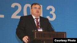 Cahangir Əliyev