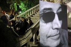 دوستداران کیارستمی برای آخرین دیدار با او آماده میشوند/ گزارش بابک غفوریآذر