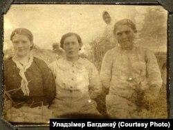 Жанчыны на ўборцы ўраджаю, 1917 год