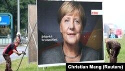 Uklanjanje predizbornih plakata u Berlinu