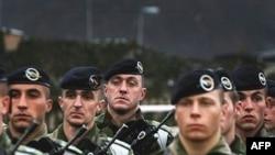 Paqeruajtësit francez në Kosovë