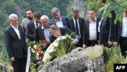 Bakir Izetbegović posetio stratište na Kazanima, Sarajevo, 13. jun 2016.