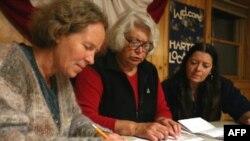 Нью-Гемпшир штатындағы шағын екі қаланың сайлаушылары алғашқы болып дауыс берді. 4 қараша, 2008 жыл