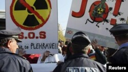 Pamje nga protesta në Tiranë, 3 nëntor