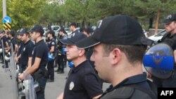 Pjesëtarë të policisë së Turqisë