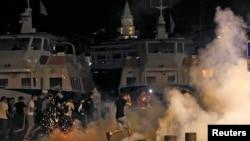 Столкновения между футбольными фанатами в Марселе (11 июня 2016 года)