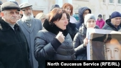 Митинг в Беслане в защиту Олега Хосонова, застрелившего двух людей прошлым летом. Северная Осетия, 16 февраля 2019 года