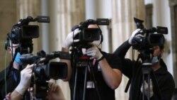 Novinari i dalje laka meta