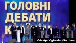 Порошенко пригласил Зеленского продолжить дебаты на «Суспільном»