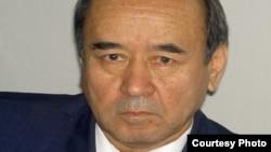Uzbekistan - poet and candidate of psychological sciences Makhmud Yoldoshev