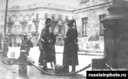 Украинаның Одесса қаласындағы француздардың өткізу пункті.