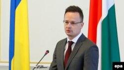 Пейтер Сійярто (на фото) хоче від Києва «захисту прав» українських угорців