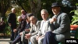 В Грузии остаются 600,000 пенсионеров, которым отказывают в страховке, так как компании не хотят брать на себя расходы