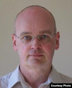 Futurologist and engineer Ian Pearson