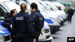 شمار ایرانیان زندانی در اروپا تا سال گذشته ۴۸۵ نفر برآورد شده بود (در تصویر پلیس آلمان)