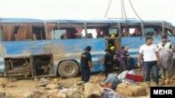 حمله به اتوبوس زائران ایرانی در عراق دستکم ده کشته برجای گذاشت