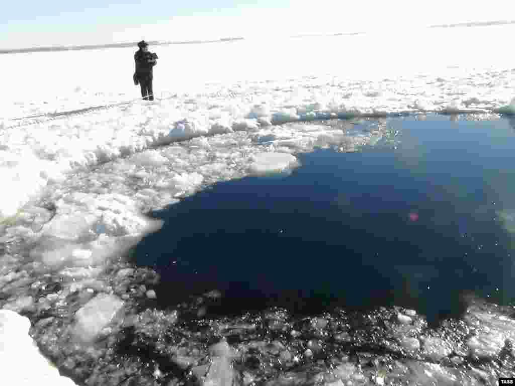 Место падения осколков метеорита в Челябинской области
