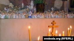 Belarus - Christmas Eve in Holy Spirits Orthodox Church, Minsk, 6Jan2014