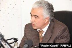 Саидҷаъфар Усмонзода, раҳбари Ҳизби демократии Тоҷикистон.
