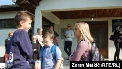 Roditelji traže da im djeca nastavu slušaju na maternjem - hrvatskom jeziku