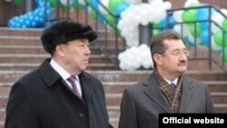 Вокруг Муртазы Рахимова и Раиля Сарбаева разворачивается крупный скандал.