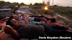 Казакстандагы тажик мигранттары.