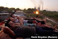 Muncitori din Tadjikistan la Moscova, după o zi de lucru