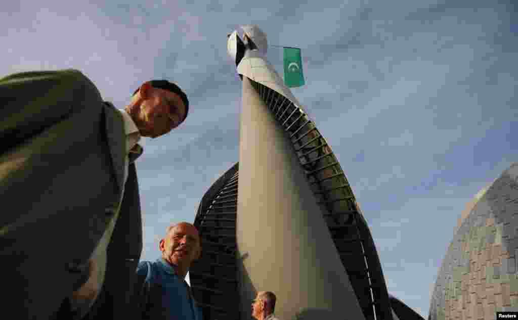 Мәчетнең 24 метрлы манарасы