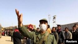 Во-первых, демократическая волна в арабском мире реабилитировала само слово «революция», которого два года назад лидеры оппозиции избегали