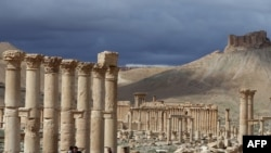 Ancient Palmyra Threatened By Islamic State Militants