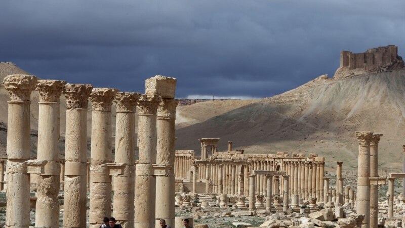 مسحلو داعش يهددون مدينة تدمر التاريخية
