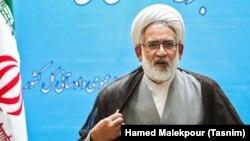 دادستان ایران از مقامات دولتی خواسته که به وظیفه خود درحوزه مجازی عمل کنند.