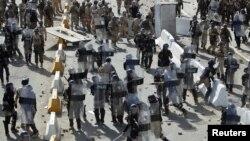 مواجهات بين قوات الامن والمتظاهرين في بغداد يوم الجمعة