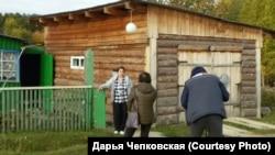 """Съемочная группа фильма """"Побег"""" в деревне Суйга. 2018 г."""