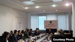 Pamje gjatë takimit të dytë të Këshillit Kombëtar Kundër Korrupsionit.