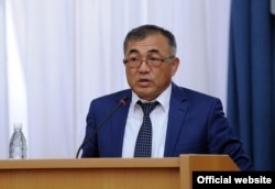 Улукбек Кармышаков.