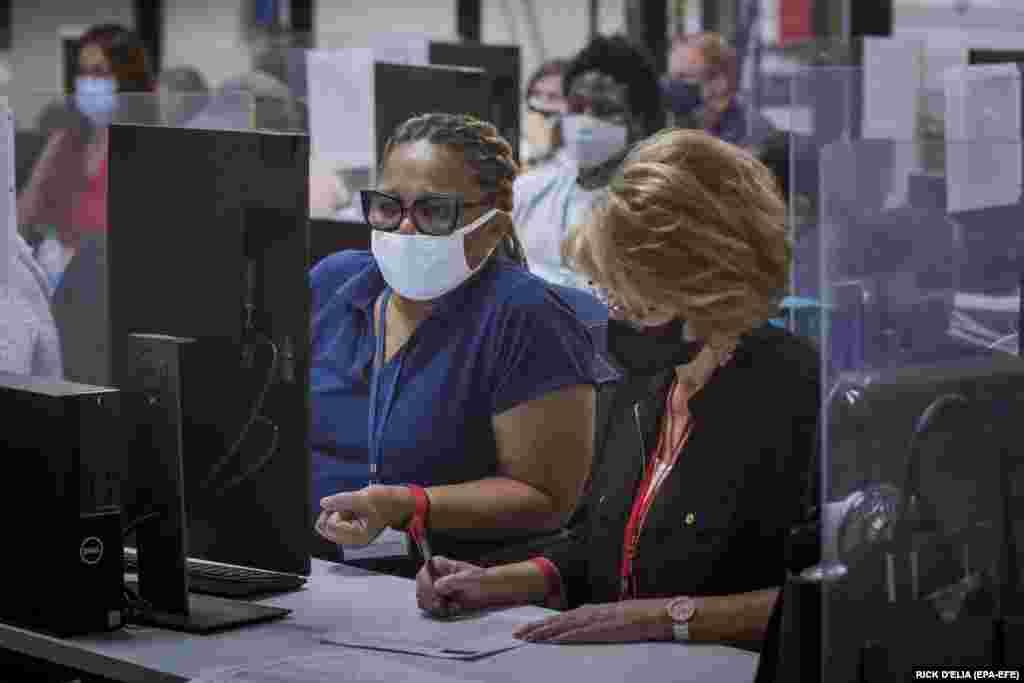 Adjudicators continue to check ballots at the Maricopa County Recorder's Office Phoenix, Arizona, November 5, 2020.