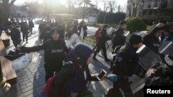 Паліцыя ачапляе месца выбуху ў цэнтры Стамбула 12 студзеня