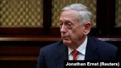 جیمز متیس وزیر دفاع ایالات متحده میگوید که هر کاری که بتوانیم انجام میدهیم تا تلفات غیرنظامیان در جنگ یمن محدود شود.