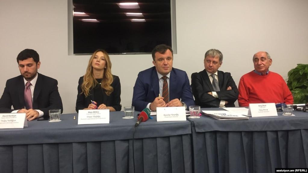 Первая часть предвыборной кампании была «спокойной и мирной» - европейские наблюдатели
