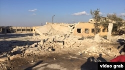 Після удару по лікарні в Сарміні, відеокадр, 20 жовтня 2015 року