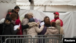 Pamje e migrantëve në një kamp në Gjermani