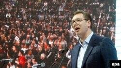 Predstavnici opozicije i nekoliko budućih predsedničkih kandidata zatražili da Aleksandar Vučić podnese ostavku na mesto premijera