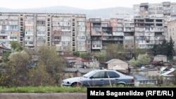 Улица в Тбилиси.