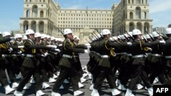 Военный парад в Баку (архив)