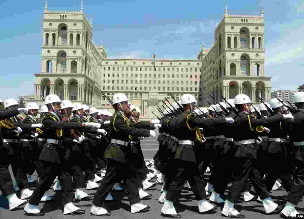 Azerbaijani military academy cadets parade to mark the nation's Republic Day in central Baku on May 28. (AFP/Tofik Babayev)