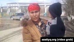 Жительница Кызылорды Мерует Айтимова, заявляющая о давлении и угрозах после участия в выступлениях многодетных матерей. 5 марта 2019 года.